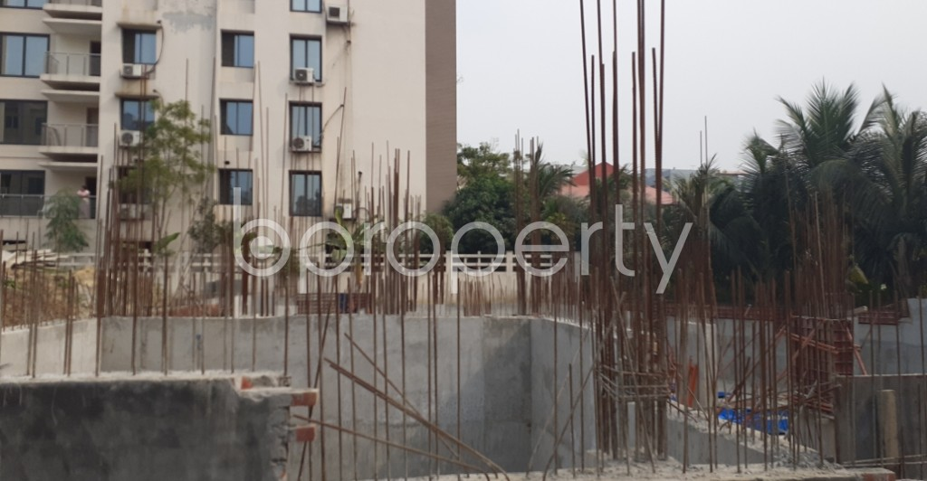 Front view - 3 Bed Apartment for Sale in Bashundhara R-A, Dhaka - 1960784