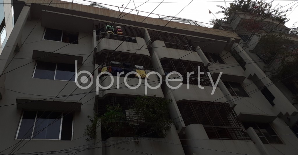 Outside view - 3 Bed Apartment to Rent in Kathalbagan, Dhaka - 1960848