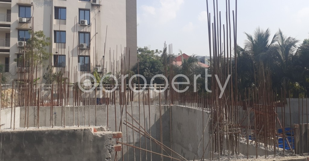 Front view - 3 Bed Apartment for Sale in Bashundhara R-A, Dhaka - 1961423
