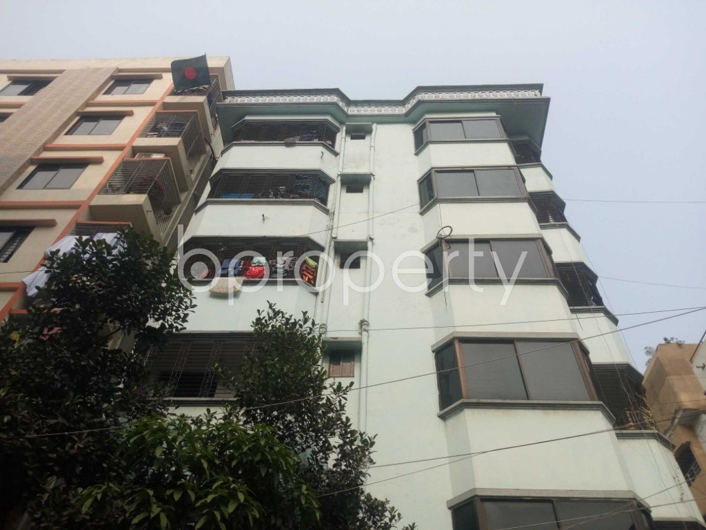Outside view - 2 Bed Apartment to Rent in Nikunja, Dhaka - 1962722