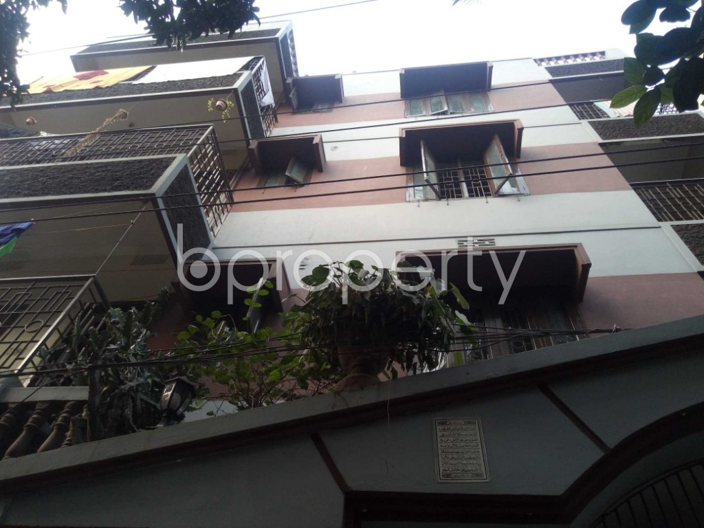 Outside view - 3 Bed Apartment to Rent in Maghbazar, Dhaka - 1962820