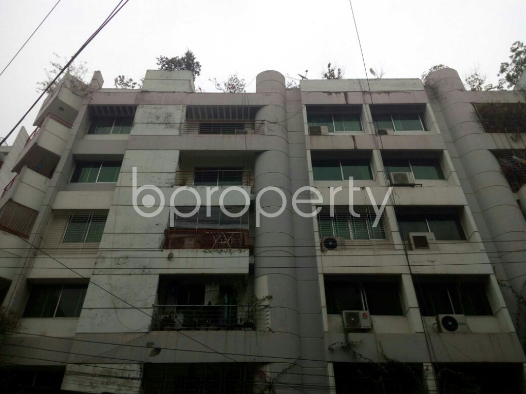 Outside view - 3 Bed Apartment for Sale in Banani, Dhaka - 1966271