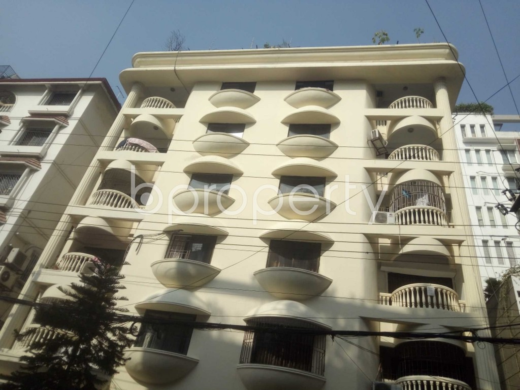 Outside view - 3 Bed Apartment to Rent in Baridhara, Dhaka - 1970844
