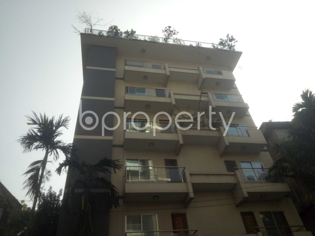 Outside view - 3 Bed Apartment to Rent in Baridhara, Dhaka - 1970958