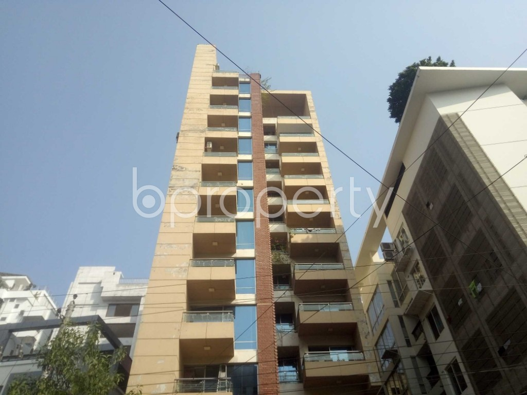 Outside view - 4 Bed Apartment to Rent in Baridhara, Dhaka - 1970974