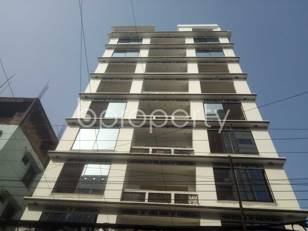 Outside view - 3 Bed Apartment to Rent in Baridhara, Dhaka - 1970988