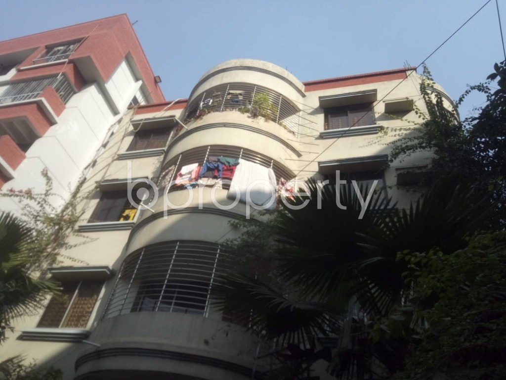 Outside view - 3 Bed Apartment to Rent in Baridhara, Dhaka - 1971652