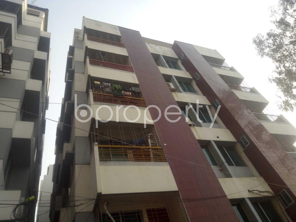 Outside view - 3 Bed Apartment to Rent in Baridhara, Dhaka - 1971840