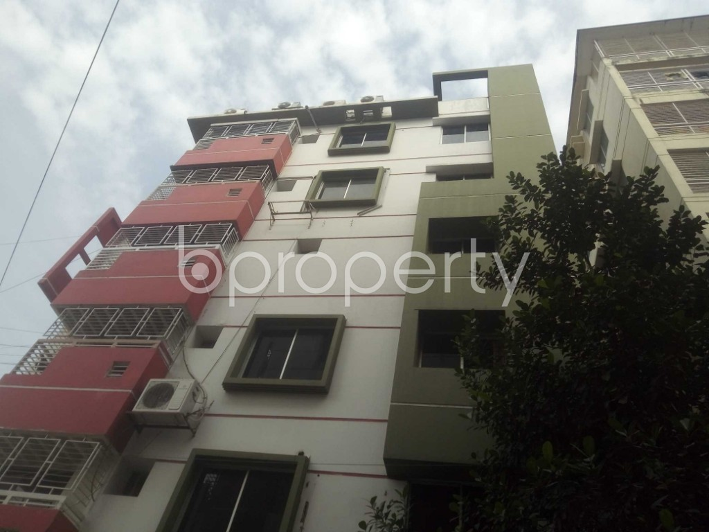 Outside view - 4 Bed Apartment to Rent in Baridhara, Dhaka - 1972368