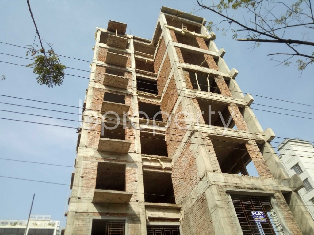 Front view - 3 Bed Apartment for Sale in Bashundhara R-A, Dhaka - 1972564