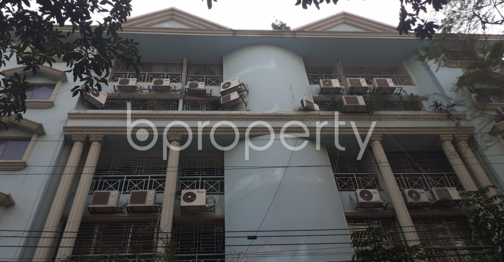 Front view - 3 Bed Apartment to Rent in Gulshan, Dhaka - 1974137