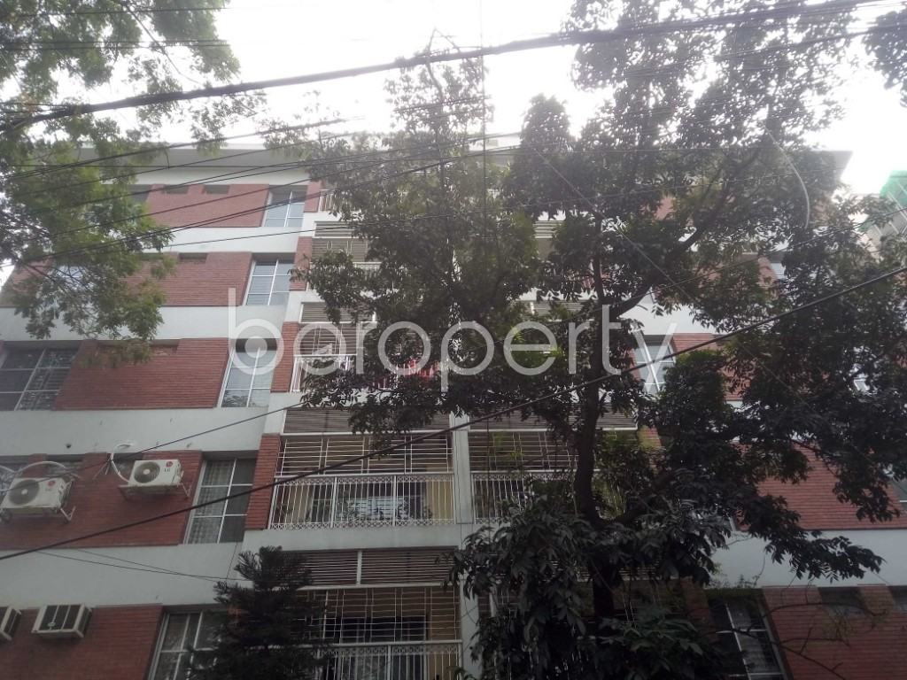 Front view - 3 Bed Apartment to Rent in Gulshan, Dhaka - 1974913