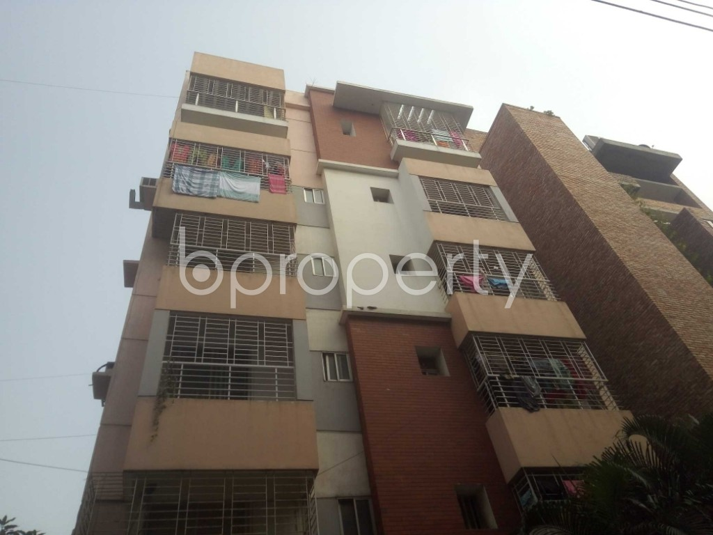 Outside view - 3 Bed Apartment to Rent in Baridhara, Dhaka - 1974941