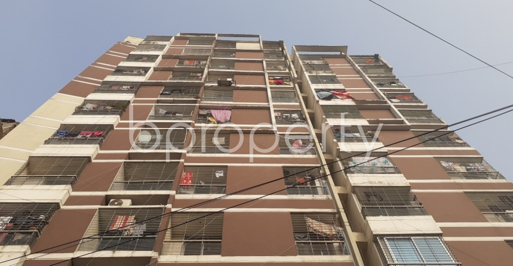 Front view - 3 Bed Apartment for Sale in Dhanmondi, Dhaka - 1975144