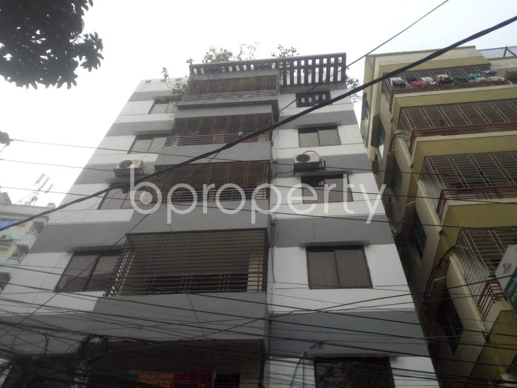 Outside view - 3 Bed Apartment to Rent in Baridhara, Dhaka - 1975535