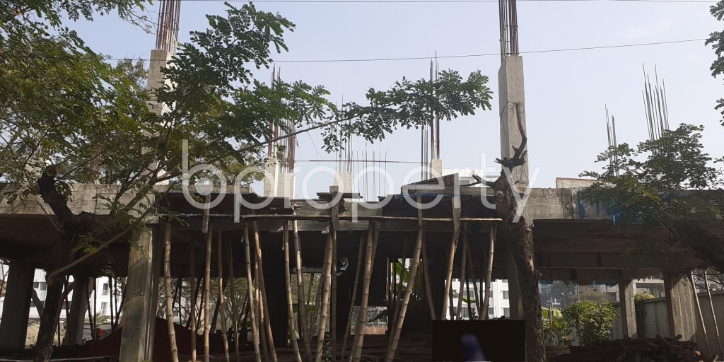 Front view - 4 Bed Apartment for Sale in Bashundhara R-A, Dhaka - 1976116