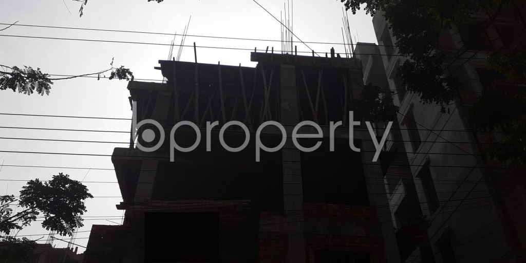 Front view - 3 Bed Apartment for Sale in Bashundhara R-A, Dhaka - 1976125