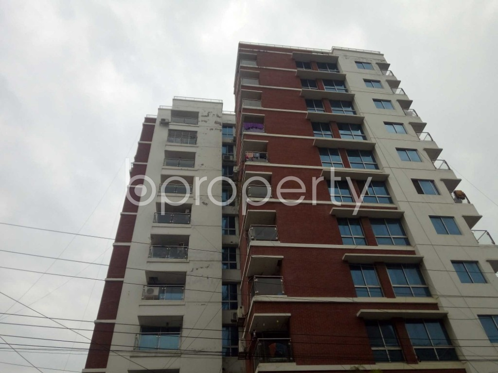 Outside view - 3 Bed Apartment to Rent in Banani, Dhaka - 1976337