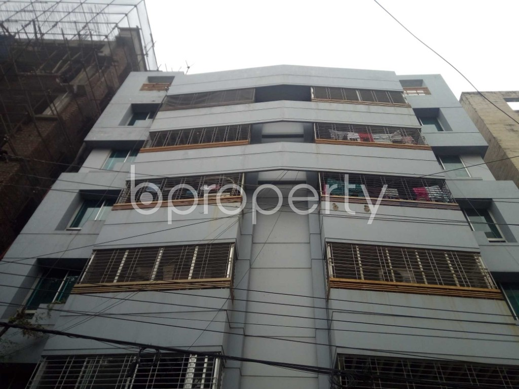 Outside view - 3 Bed Apartment to Rent in Banani, Dhaka - 1976358