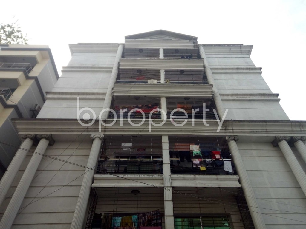 Outside view - 3 Bed Apartment to Rent in Banani, Dhaka - 1976587