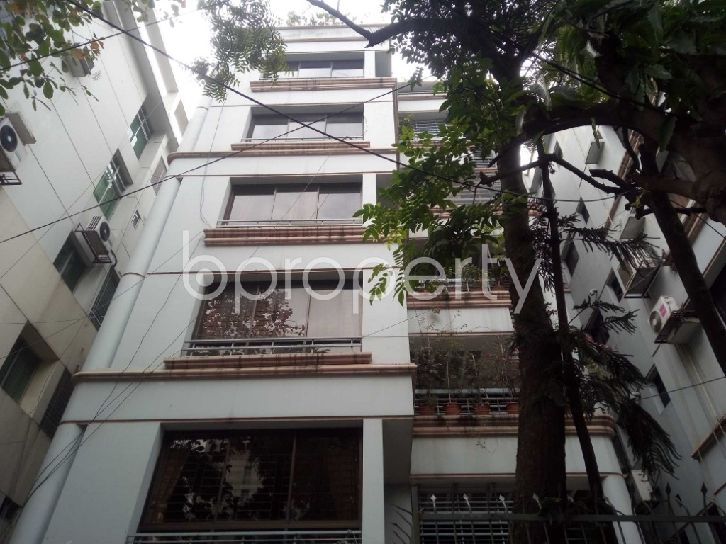 Front view - 4 Bed Apartment to Rent in Gulshan, Dhaka - 1976668