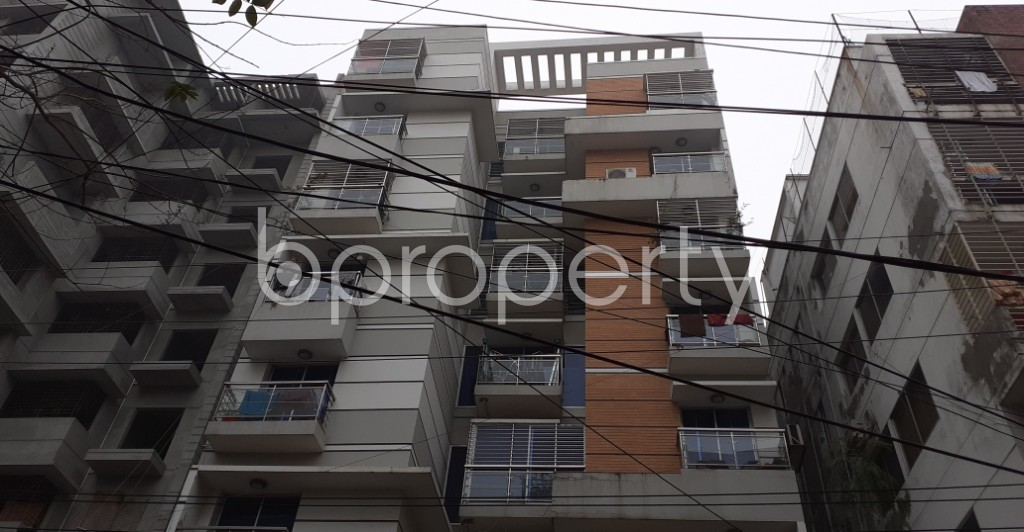 Outside view - 3 Bed Apartment to Rent in Lalmatia, Dhaka - 1977192