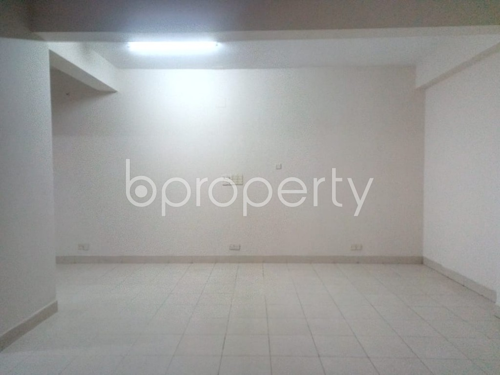 Commercial inside - Office for Sale in Sutrapur, Dhaka - 1977290
