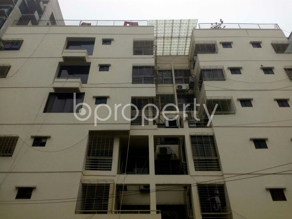 Outside view - 3 Bed Apartment to Rent in Banani, Dhaka - 1977345