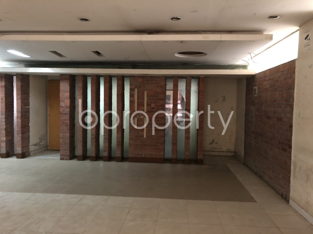 Commercial inside - Building to Rent in Badda, Dhaka - 1972429