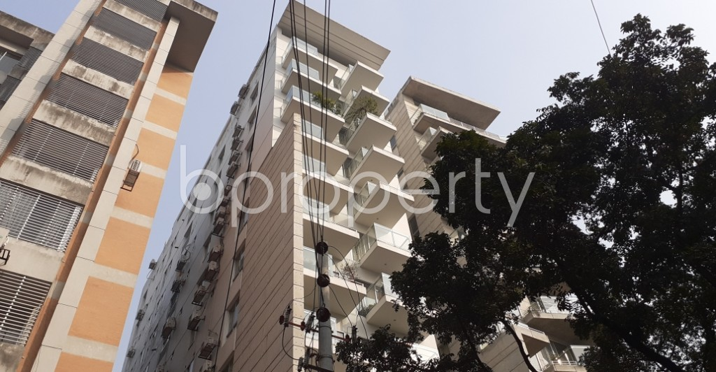 Front view - 3 Bed Apartment to Rent in Gulshan, Dhaka - 1978006