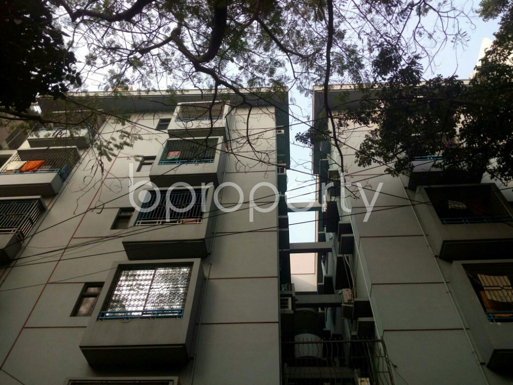 Outside view - 3 Bed Apartment to Rent in Banani, Dhaka - 1978120