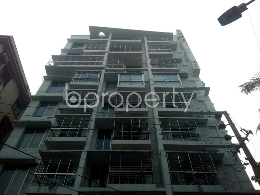 Outside view - 3 Bed Apartment to Rent in Banani, Dhaka - 1978125