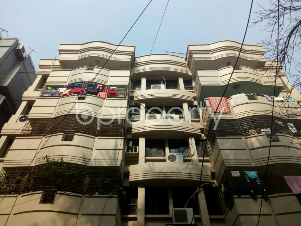 Outside view - 3 Bed Apartment to Rent in Banani, Dhaka - 1978132