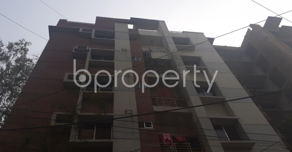 Front view - 3 Bed Apartment to Rent in Bashundhara R-A, Dhaka - 1978209