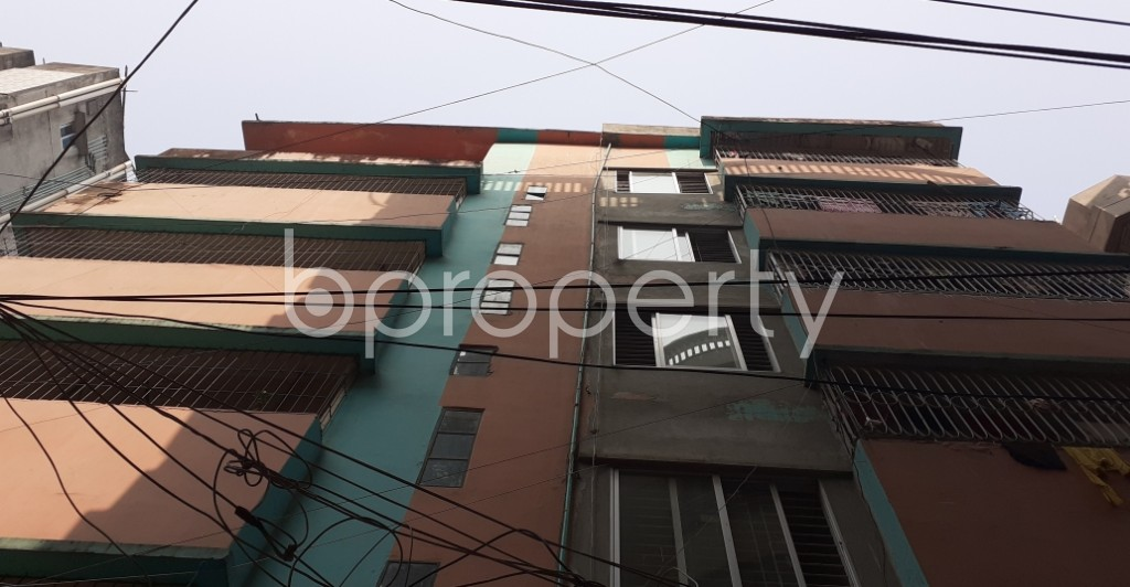 Outside view - 3 Bed Apartment to Rent in Dhanmondi, Dhaka - 1978348