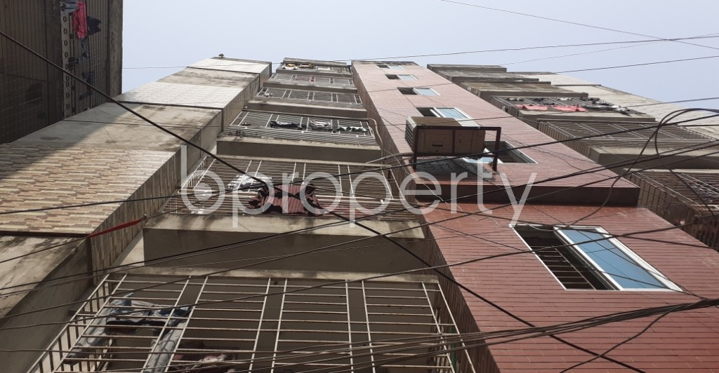 Outside view - 3 Bed Apartment to Rent in Dhanmondi, Dhaka - 1978349