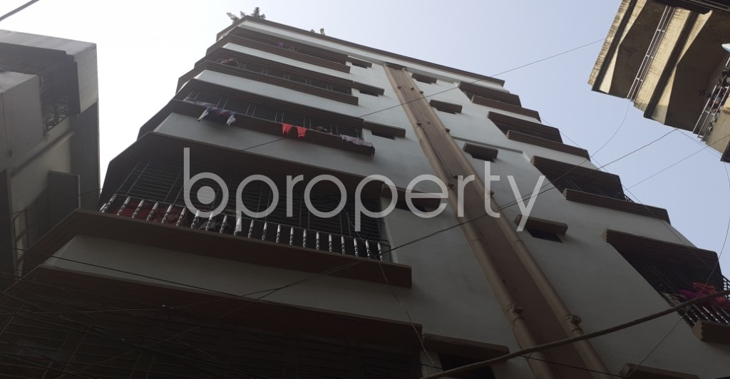 Front view - 3 Bed Apartment to Rent in Dhanmondi, Dhaka - 1978372