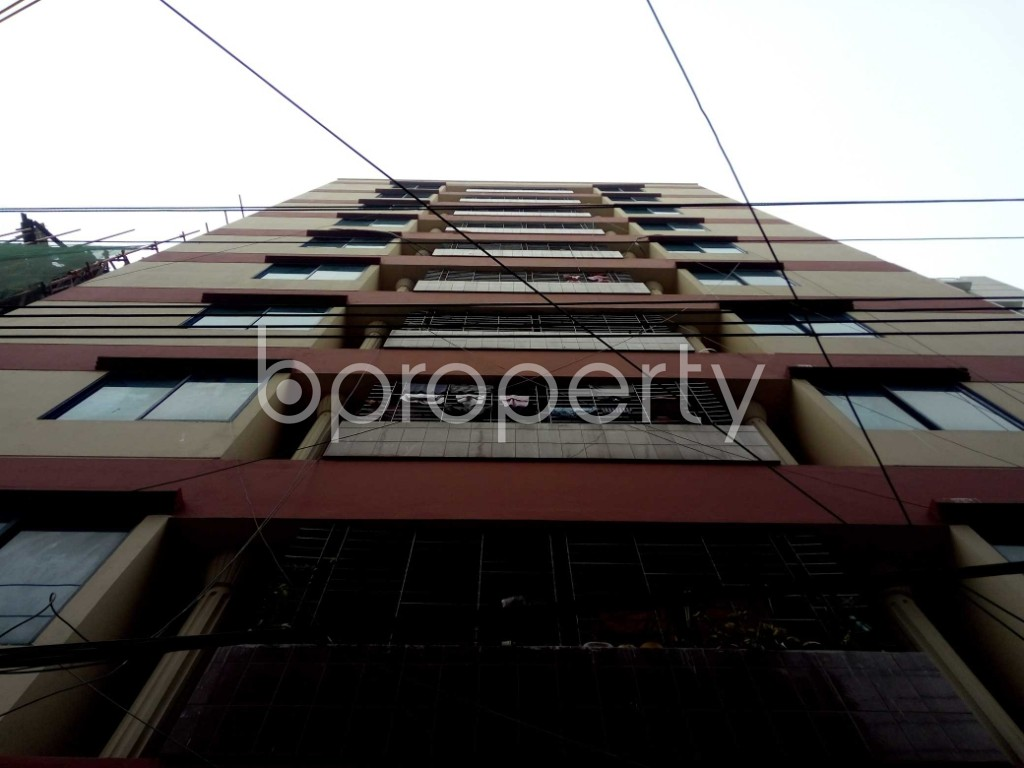Front view - 3 Bed Apartment to Rent in Bashundhara R-A, Dhaka - 1978563