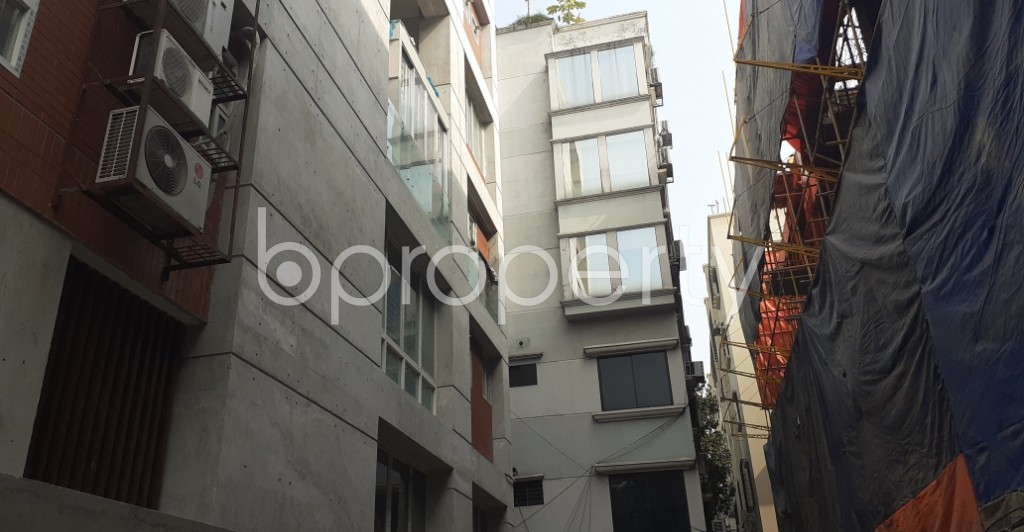 Front view - 3 Bed Apartment to Rent in Gulshan, Dhaka - 1978669