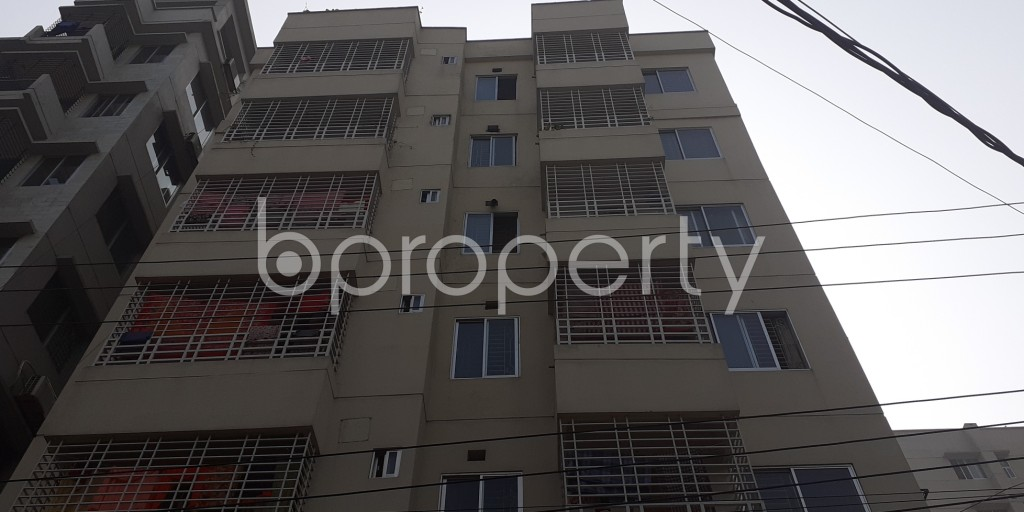 Front view - 3 Bed Apartment for Sale in Bashundhara R-A, Dhaka - 1978726