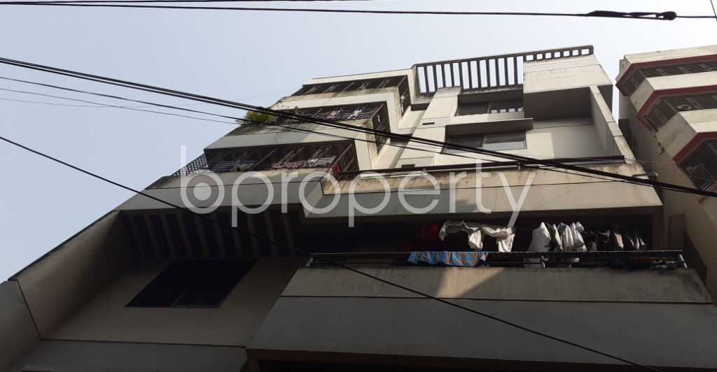 Outside view - 3 Bed Apartment to Rent in Dhanmondi, Dhaka - 1978776
