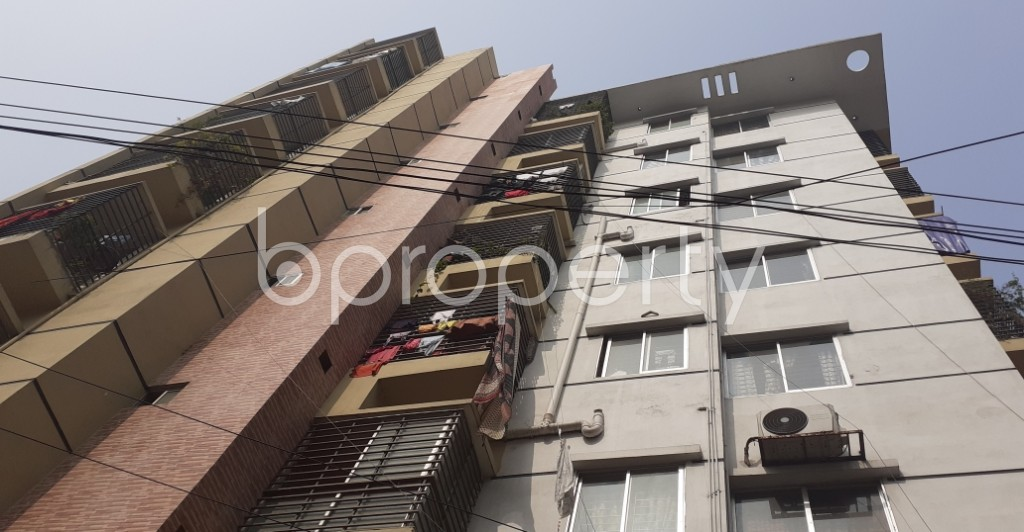 Outside view - 2 Bed Apartment to Rent in Dhanmondi, Dhaka - 1978780