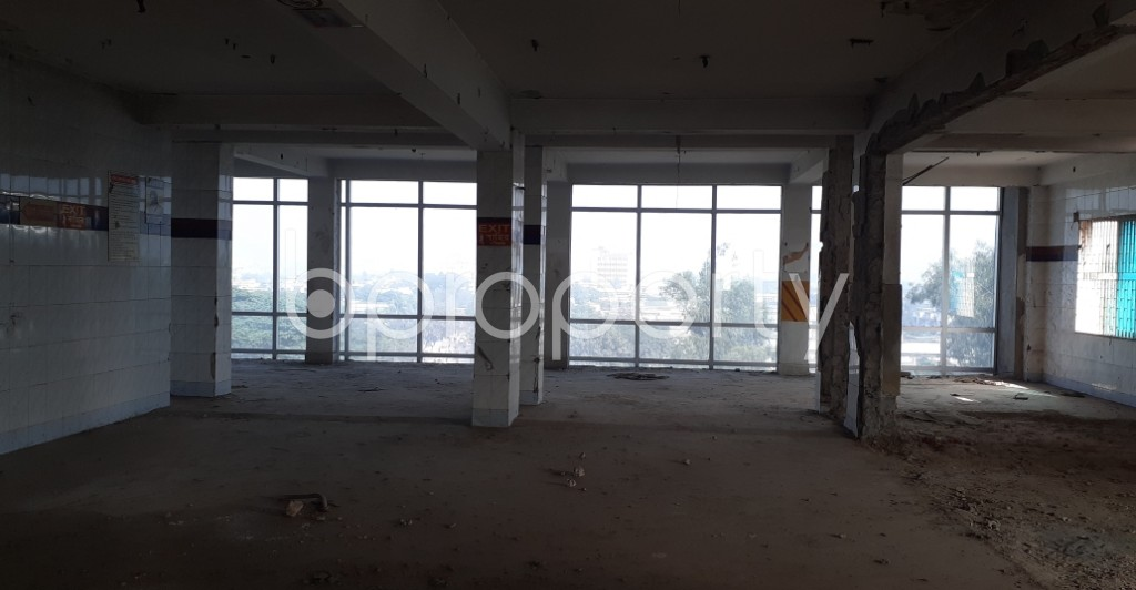 Commercial inside - Office to Rent in Motijheel, Dhaka - 1978770