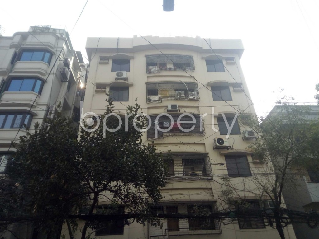 Outside view - 3 Bed Apartment to Rent in Banani, Dhaka - 1978797