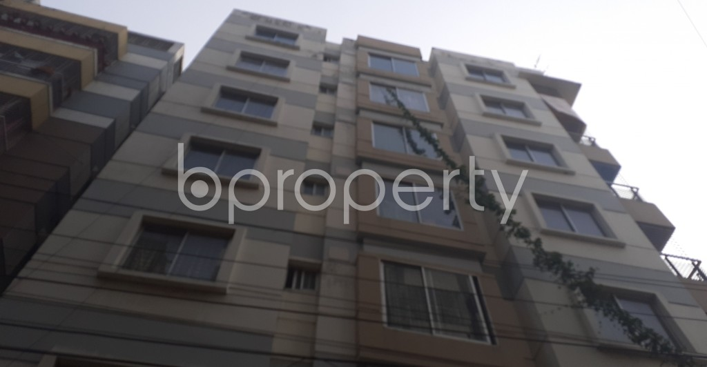 Front view - 3 Bed Apartment to Rent in Mohammadpur, Dhaka - 1978809