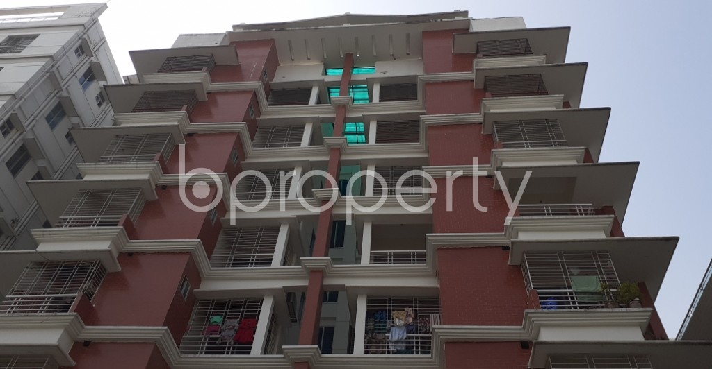 Front view - 3 Bed Apartment to Rent in Bashundhara R-A, Dhaka - 1978856