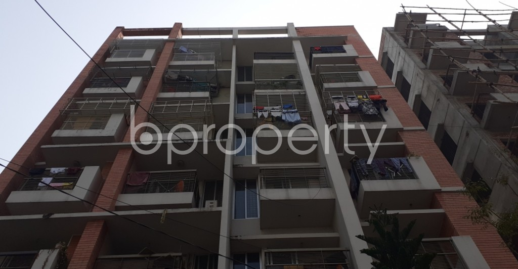 Front view - 3 Bed Apartment to Rent in Bashundhara R-A, Dhaka - 1978857