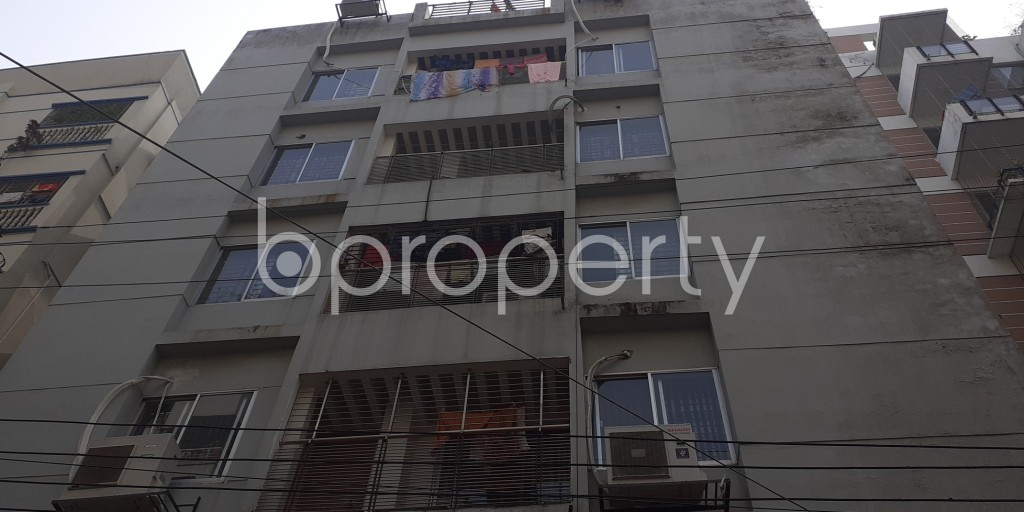 Front view - 3 Bed Apartment to Rent in Bashundhara R-A, Dhaka - 1978893