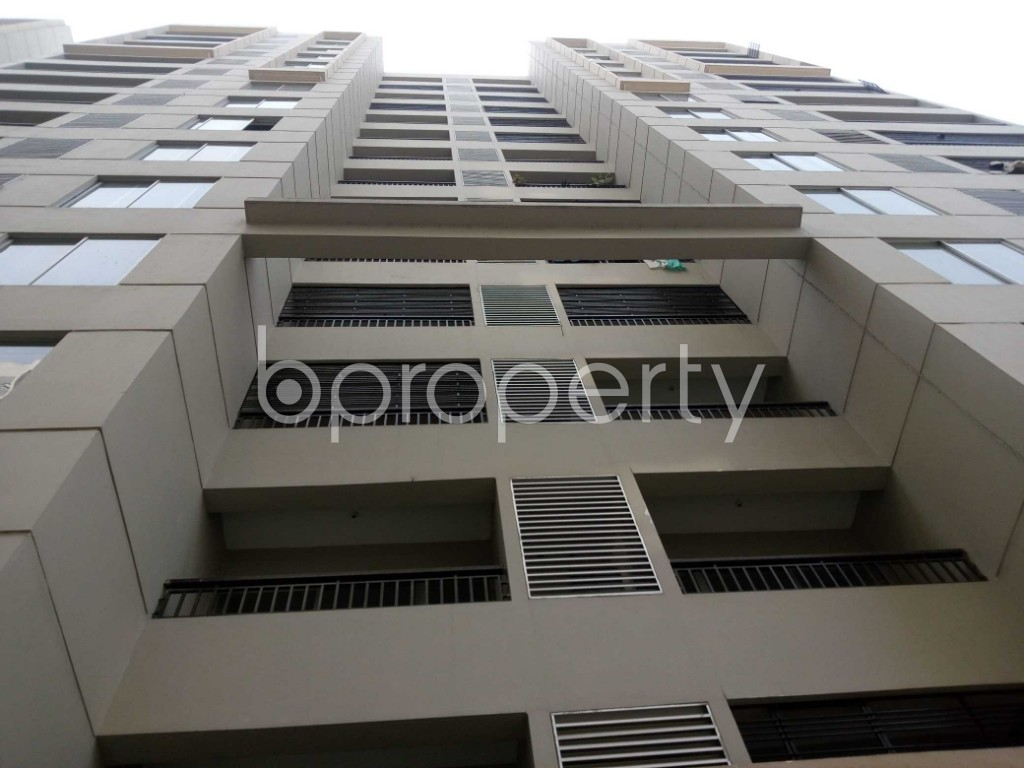 Front view - 3 Bed Apartment to Rent in Mirpur, Dhaka - 1978972