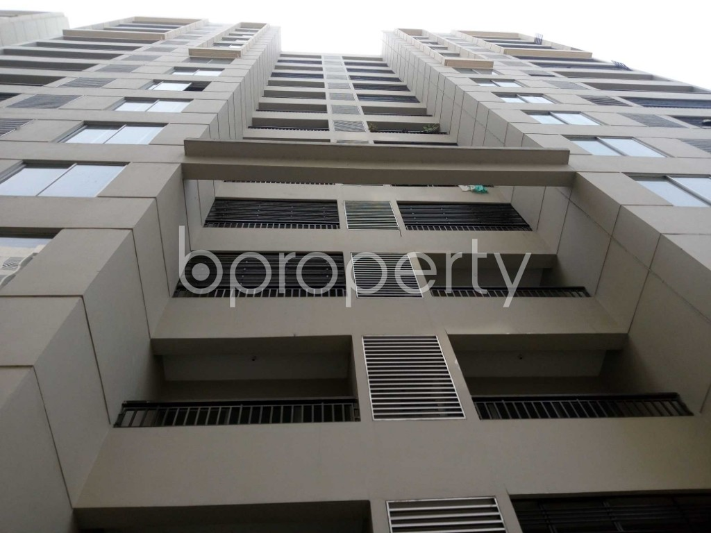 Front view - 3 Bed Apartment to Rent in Mirpur, Dhaka - 1979003